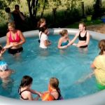 Achttourige im Pool