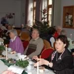 Kerzenlicht füllt unsere Herzen</br>Städtische Adventsfeier für Senioren