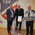"""TSV ehrt Heinz Theis für 70-jährige Vereinstreue</br>""""Sportgemeinschaft Eilsen"""" heute noch eine Vision"""