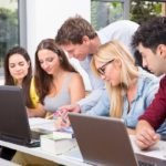 Brücke zu einem Studium mit Zukunft</br>Neu: Fachoberschule Gesundheit & Soziales