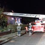 Feuerwehr als Tragehilfe