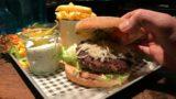 """Gourmet-Burger-Wochen im """"Minchen""""</br>Fabian Hahn setzt auf regionale Lieferanten"""