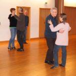 Tanzen kann süchtig machen</br>Kurse beim TSC Blau-Gold Röcke