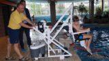 Neuer mobiler Schwimmbecken-Lift</br>Assistent für Menschen mit Handicap