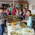 Leckeres Frühstücksbuffet in der Grundschule</br>E Center Fabig und Förderverein unterstützen Aktion