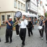 5. Blindow Jazz Meeting</br>Einen Tag zuvor: Bückeburger Jäger im Garten des Palais