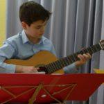 Weihnachtskonzert der Gitarrenklasse