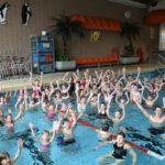 Mehr Sicherheit im Wasser</br>Abzeichenkurs der Bäder-GmbH im Hallenbad