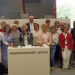 TVE-Aerobicgruppe besucht Landtag</br>Karsten Becker informiert über Landespolitik