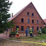 Zimmerbrand in Hevesen</br>Feuerwehren mit 60 Einsatzkräften vor Ort