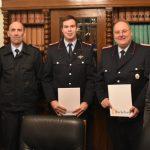 Urkunden für die Feuerwehr