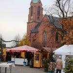 Der Nikolaus kommt!</br>19. Weihnachtsmarkt gegenüber der Kirche
