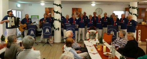 """Shanty Chor sorgt für gute Stimmung</br>Adventsbasar im """"Herminenhof"""""""