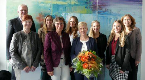 Volksbank gratuliert Mitarbeitern zum Jubiläum</br>Vorstand dankt Jubilaren für berufliches Engagement