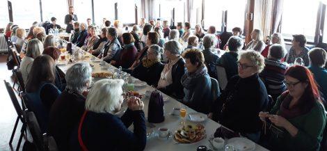 """""""Sie demonstrierten, immer wieder, immer lauter""""</br>Frühstück für Frauen zum Wahlrecht vor 100 Jahren"""
