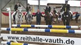 """Zweitägiges Reitturnier bei Vauth</br>""""Vier Engel für Thomas"""" – Sieger im Mannschaftsspringen"""