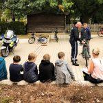 Polizei überprüft Fahrräder der Jugendfeuerwehr