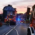 Großeinsatz für Feuerwehr</br>Eine Person nach Wohnungsbrand über Drehleiter gerettet
