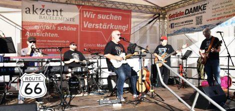 """Hits am laufenden Band</br>""""Route 66"""" eröffnet Bühnensommer auf dem Marktplatz"""