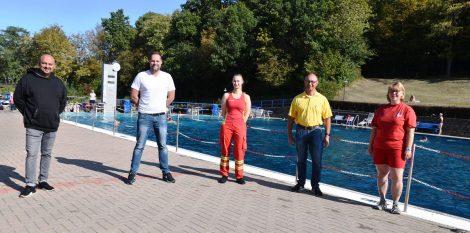 Abschwimmen im Bergbad</br>62.651 Besucher an 118 Betriebstagen