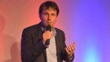 """Türkei in die EU, Russland in die Nato!</br>Kabarettist Sebastian Schnoy plädiert für """"mehr Europa"""""""
