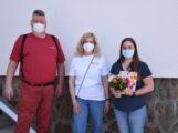Testperson Nr. 10.000 beim ASB</br>Blumen und Geschenkgutschein für Chantalle Fricke