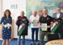 """""""Kinder wollen miteinander Sport treiben"""" </br>Volksbank in Schaumburg unterstützt 96-Fußballschule"""